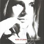 """Kate St. John Fala Do Seu Novo Álbum: """"Já há música que chegue para os mais novos"""" - Entrevista -"""
