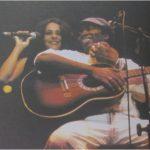 """Milton Nascimento - """"Os Artistas Vão Onde O Povo Está"""" (c/ António Curvelo - Pat Metheny)"""